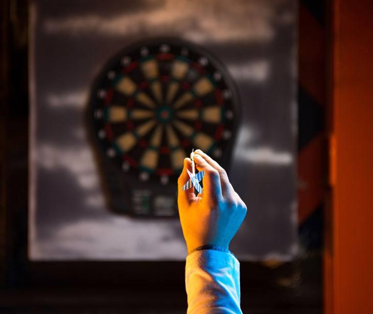 dart board cabinet reviews