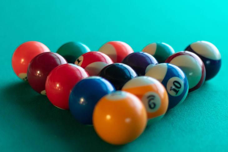 best place to break pool balls